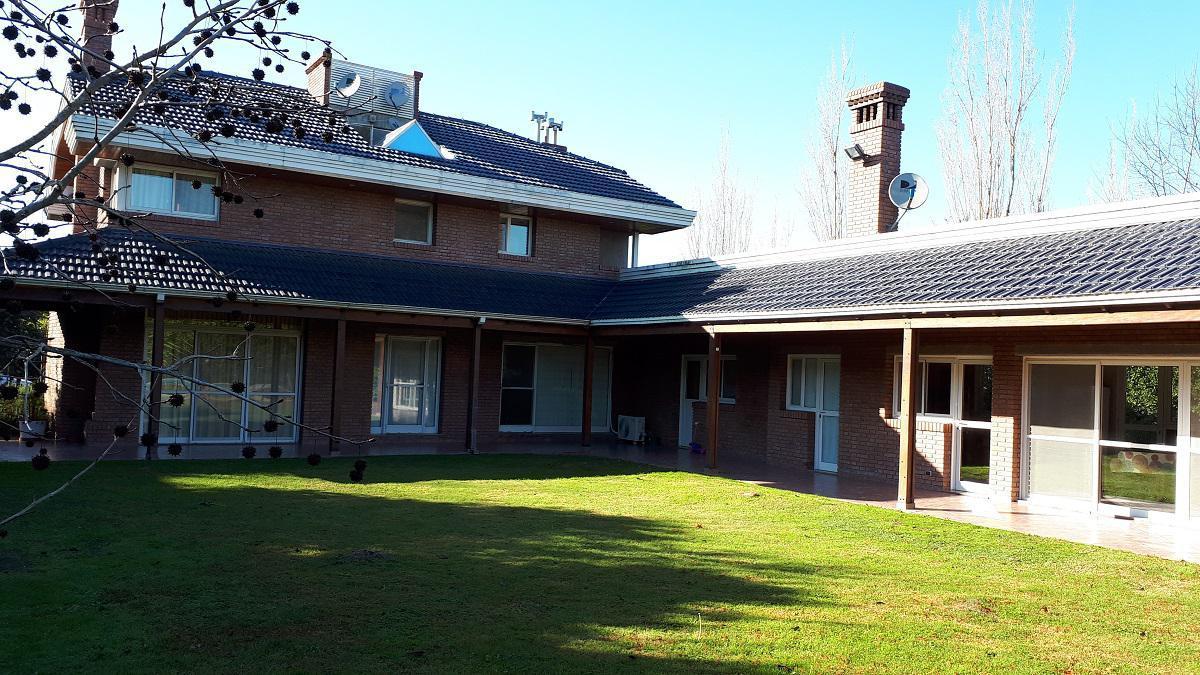 Foto Casa en Alquiler en  Funes ,  Santa Fe  Ruta 34 S al 4400