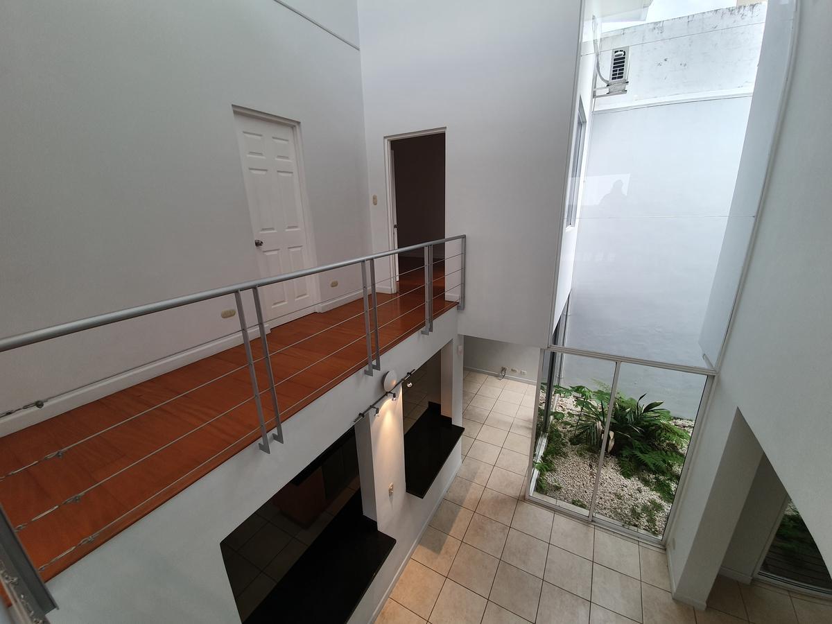 Foto Casa en condominio en Renta en  Escazu,  Escazu  Escazú / Moderna / Excelente Vista