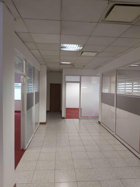 Foto Edificio Comercial en Venta | Alquiler en  La Plata ,  G.B.A. Zona Sur  Edificio Comercial en venta o alquiler - calle 47 entre calle 7 y 8  - La  Plata