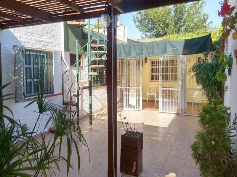 Maza al 2200, Rosario, Santa Fe. Venta de Casas - Banchio Propiedades. Inmobiliaria en Rosario