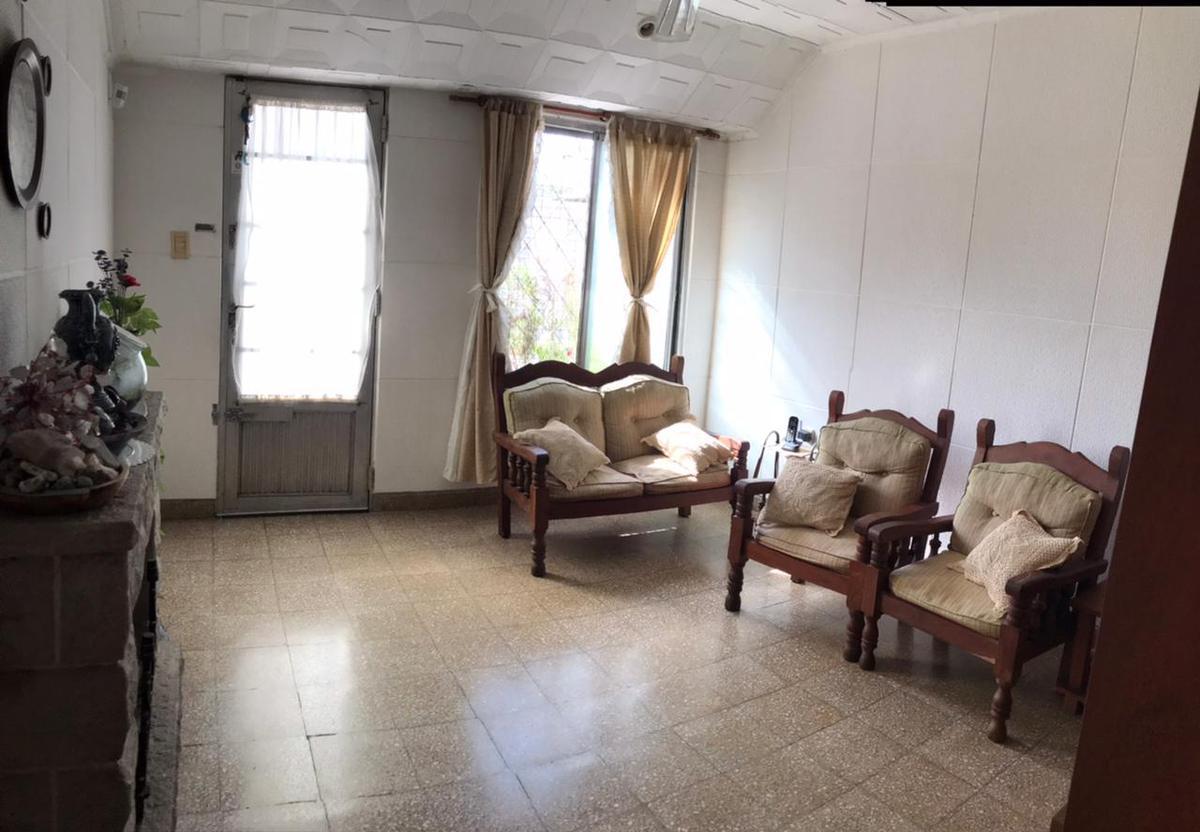 Foto Casa en Venta en  Roma,  Santa Fe  Pje. Galisteo al 3000