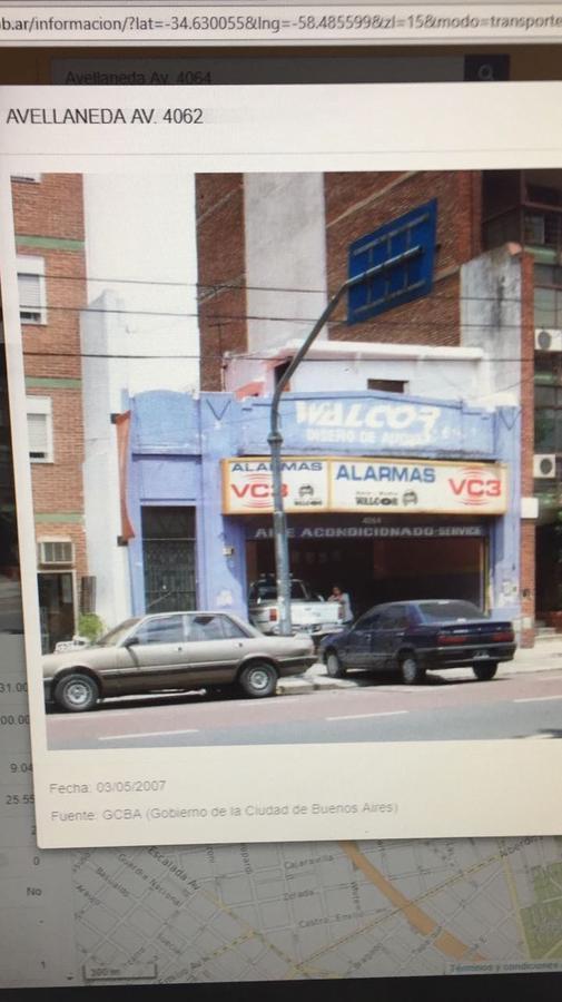 Foto Local en Alquiler en  Flores ,  Capital Federal  Avenida Avellaneda al 4000