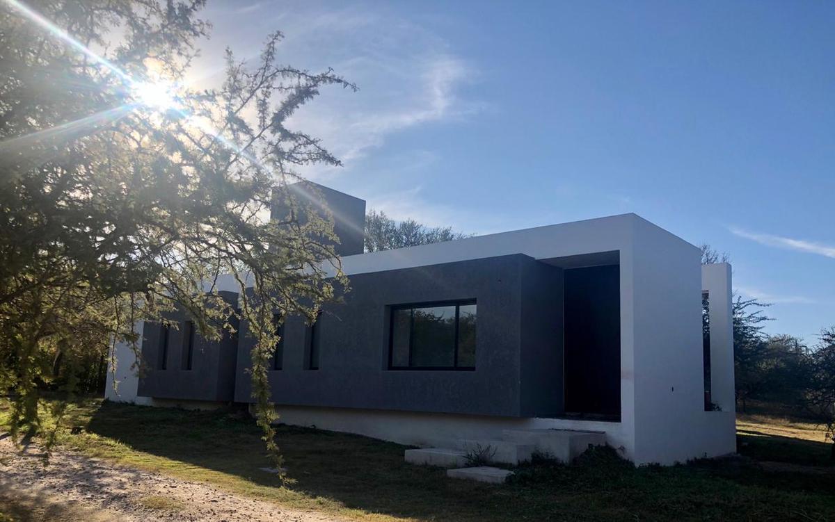 Foto Casa en Venta en  Mendiolaza,  Colon  Ladera Norte - Mendiolaza