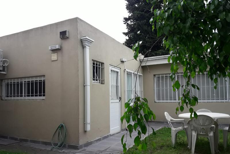 Foto Local en Venta en  Monte Grande,  Esteban Echeverria  Av. Fair al 200