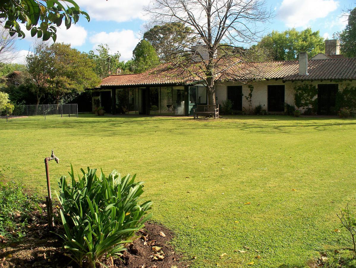 Foto Casa en Venta en  Las Lomas-Horqueta,  Las Lomas de San Isidro  Julián Navarro al 4100