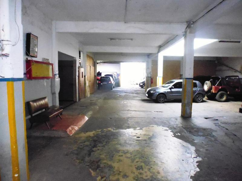 Foto Cochera en Venta en  Pocitos ,  Montevideo  AV. GRAL. FRUCTUOSO RIVERA 3000