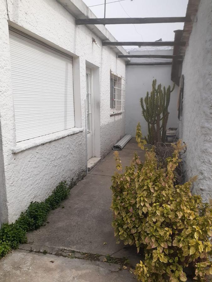 Foto Casa en Alquiler en  Colonia del Sacramento ,  Colonia  ZORRILLA DE SAN MARTÍN entre Baqué y Ap. Saravia