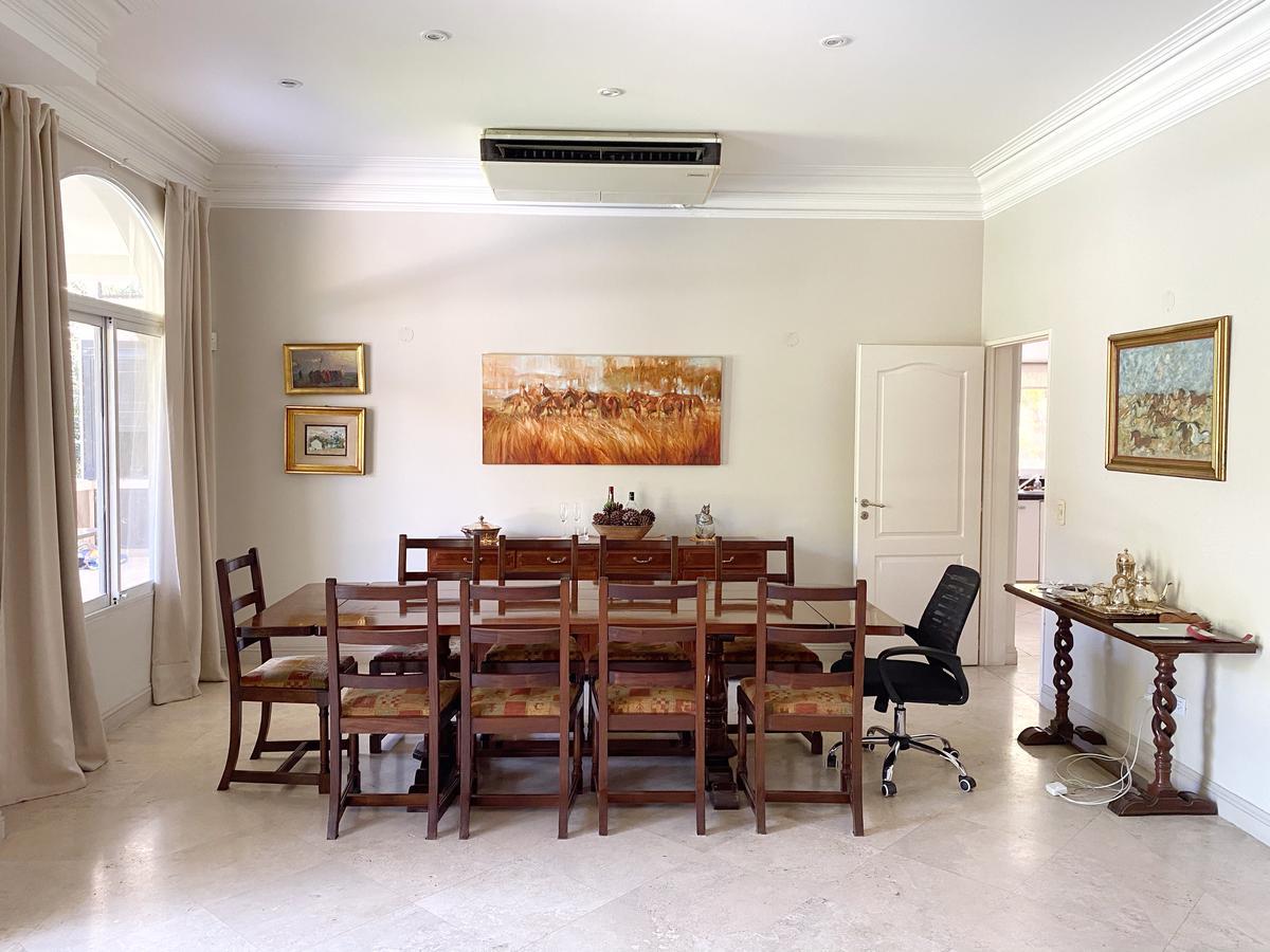 Foto Casa en Venta | Alquiler temporario en  Los Laureles,  Countries/B.Cerrado (Escobar)  Los Laureles