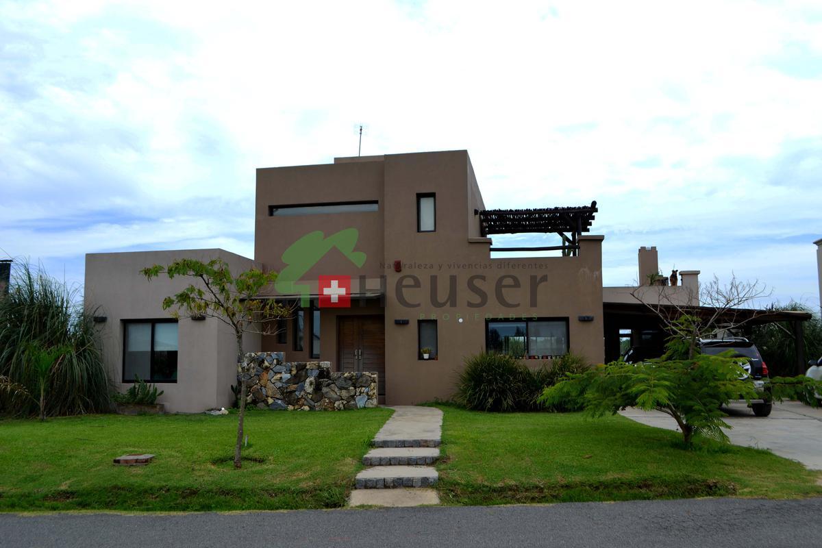 Foto Casa en Venta en  Santa Isabel,  Countries/B.Cerrado  Santa Isabel