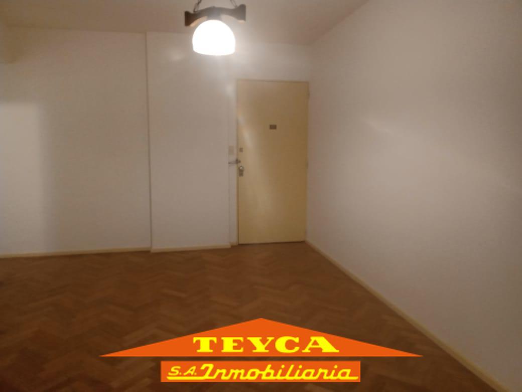 Foto Departamento en Venta en  Microcentro,  Centro (Capital Federal)  ESMERALDA 770