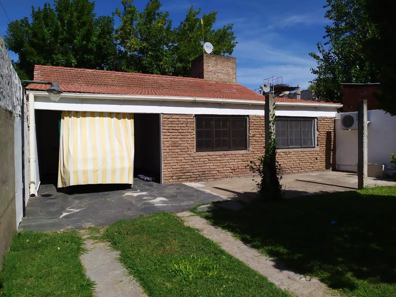 Foto Casa en Alquiler en  La Plata ,  G.B.A. Zona Sur  41 entre 143 y 144