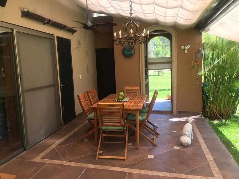 Foto Casa en Alquiler temporario en  Canning,  Esteban Echeverria  Saint Thomas Este