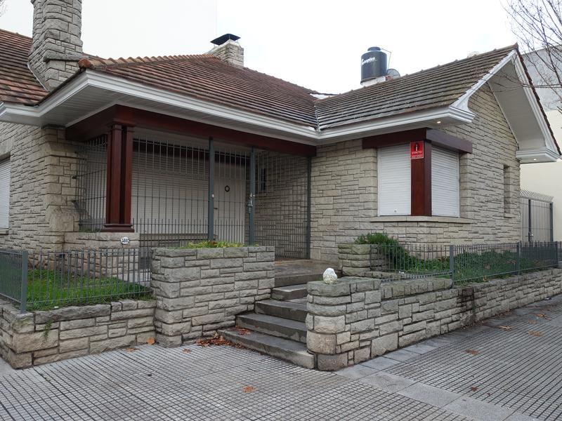 Foto Casa en Alquiler en  Plaza Rocha,  Mar Del Plata  25 de mayo esquina Dorrego