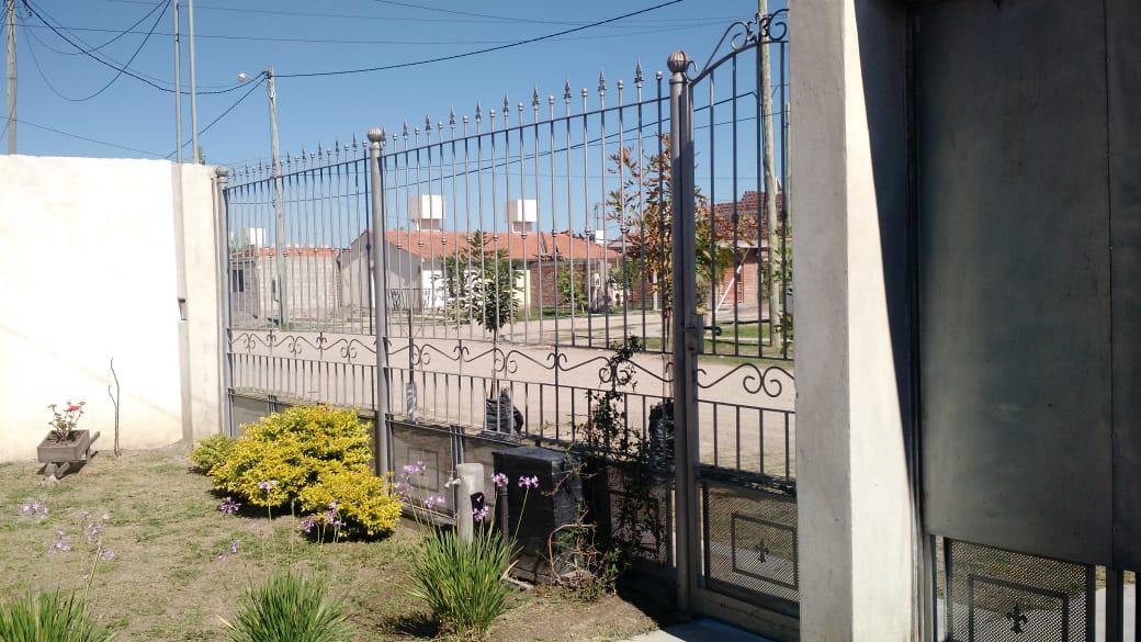 Foto Casa en Venta en  Cerrillos,  Cerrillos  Barrio Los  Pinares