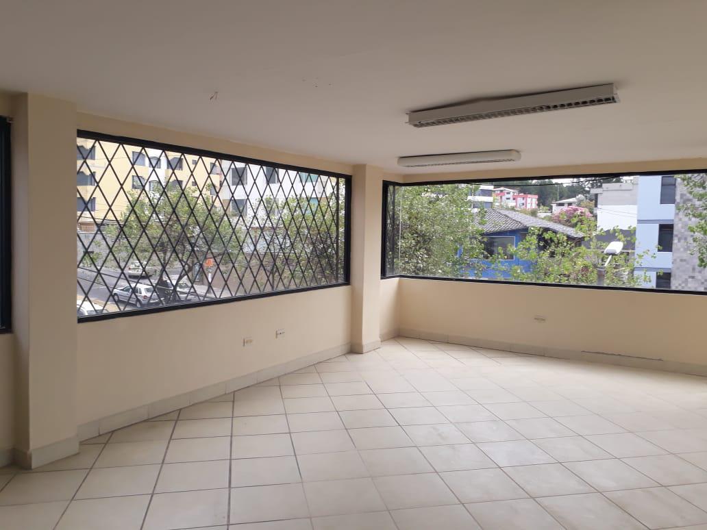 Foto Oficina en Alquiler en  Centro Norte,  Quito  El Bosque