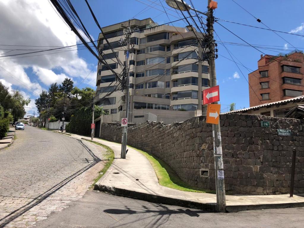 Foto Terreno en Venta en  Centro Norte,  Quito  Terreno  2.026 m2, Bosmediano ideal Constructores