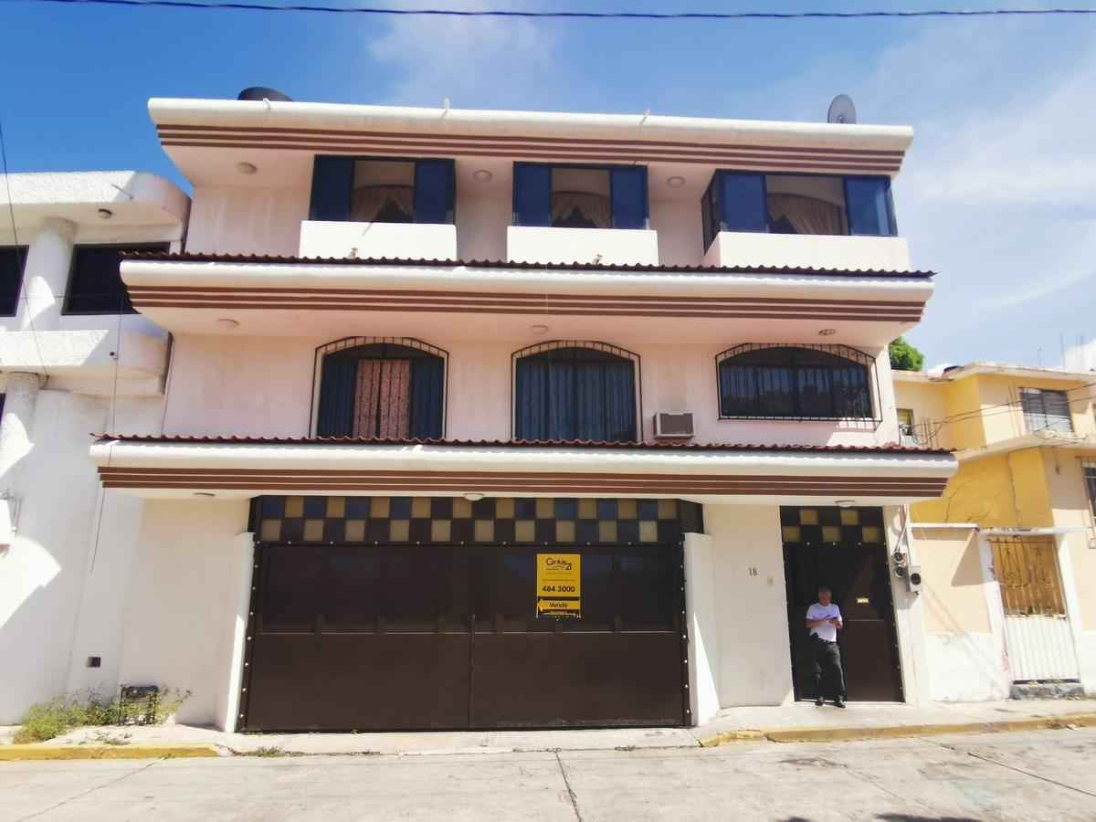 Foto Casa en Venta en  Acapulco de Juárez ,  Guerrero  Col.Adolfo López Mateos  Calle.Av.Vicente Guerrero lte#18 Mza.14