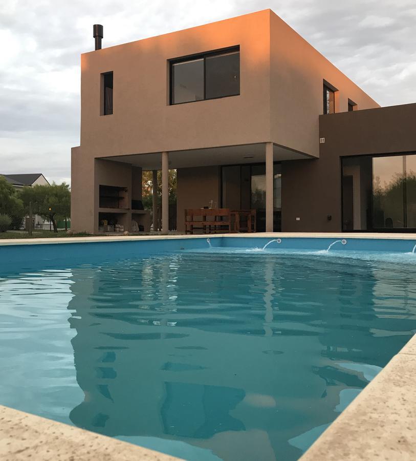 Foto Casa en Venta en  San Isidro Labrador,  Villanueva  Av Italia al 5000