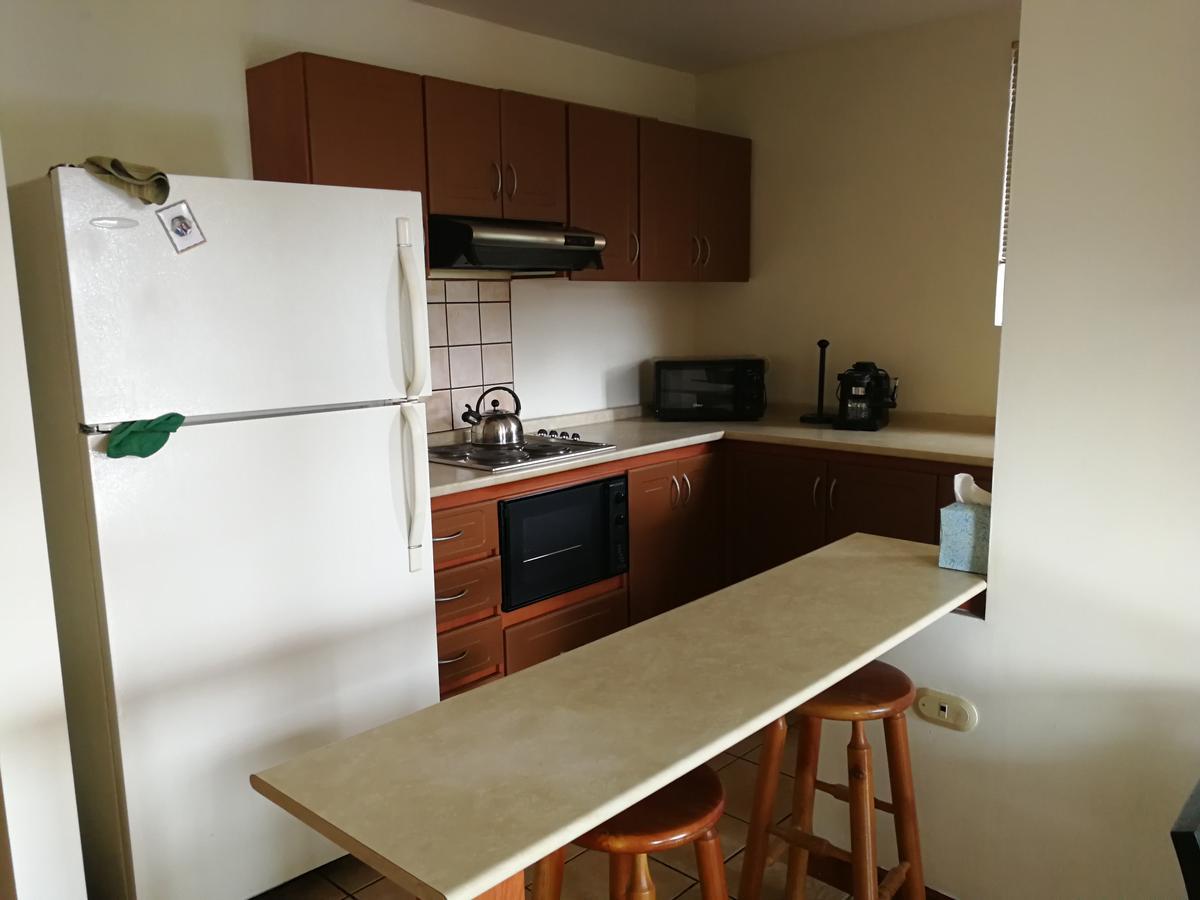 Foto Departamento en Venta en  Uruca,  San José  Alquila Precioso Apartamento Full Equipado. Exc Vista