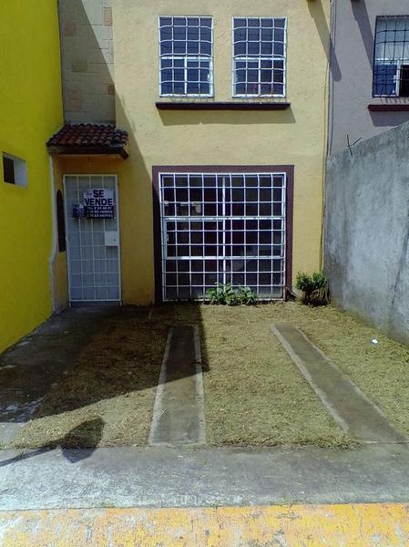 Foto Casa en condominio en Venta en  San Mateo Otzacatipan,  Toluca  Casa en Venta.  Hacienda del Valle II.  Toluca, Estado de México
