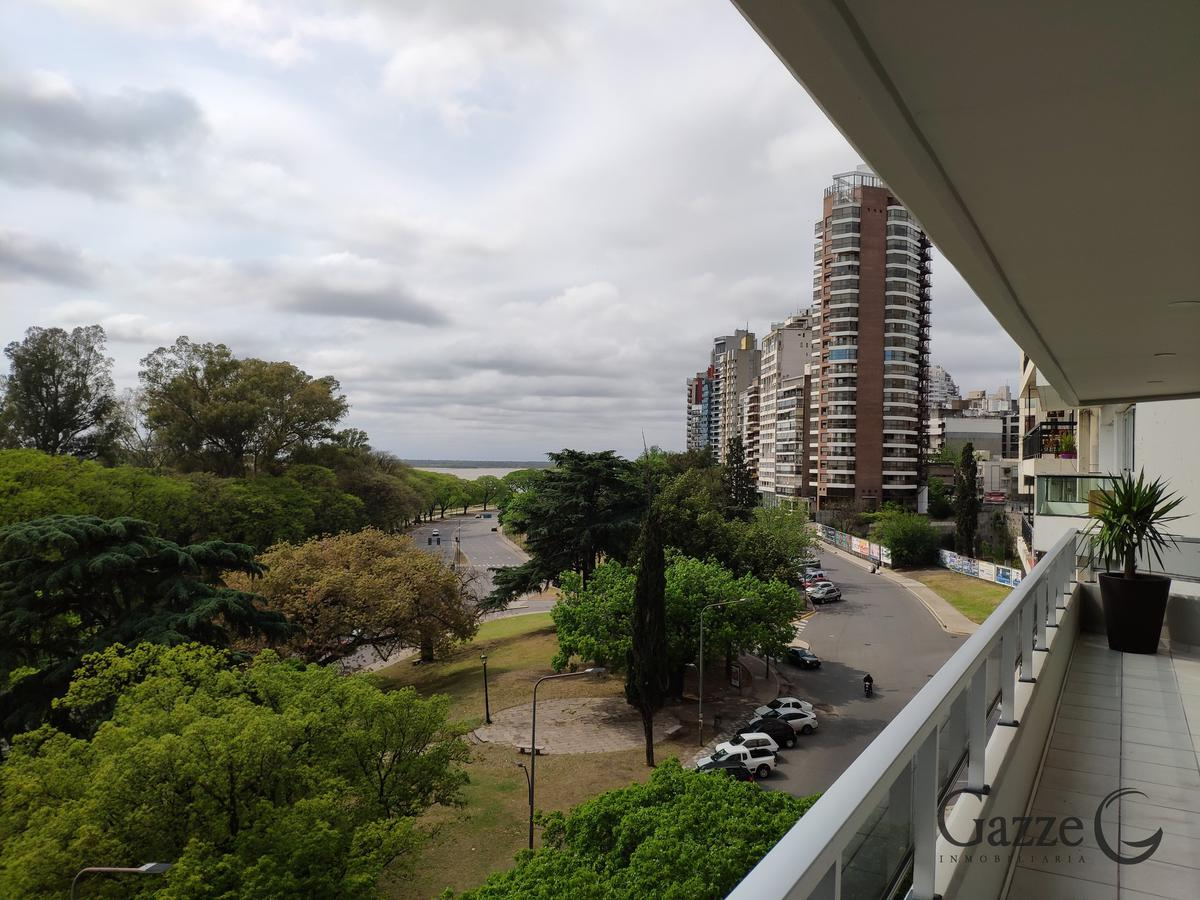 Foto Departamento en Venta en  Martin,  Rosario  Av Libertad 300