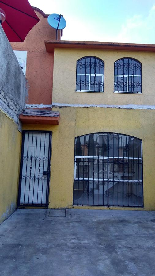 Foto Casa en Venta en  Los Sauces IV,  Los Sauces I  VENTA LOS SAUCES IV EN AVENIDA