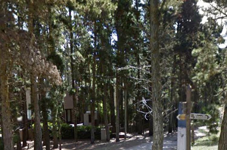 Foto Terreno en Venta en  Mar De Las Pampas,  Villa Gesell  Ranqueles E/ Mansilla y Av. del Plata