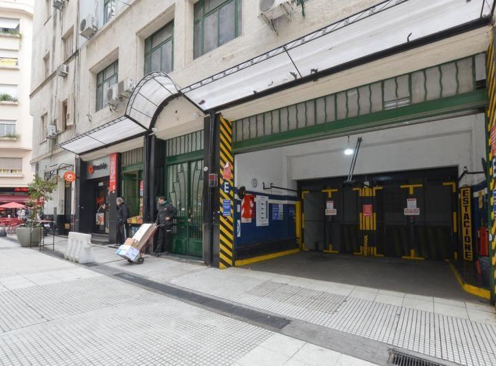 Foto Cochera en Venta en  San Nicolas,  Centro (Capital Federal)  Lavalle al 300