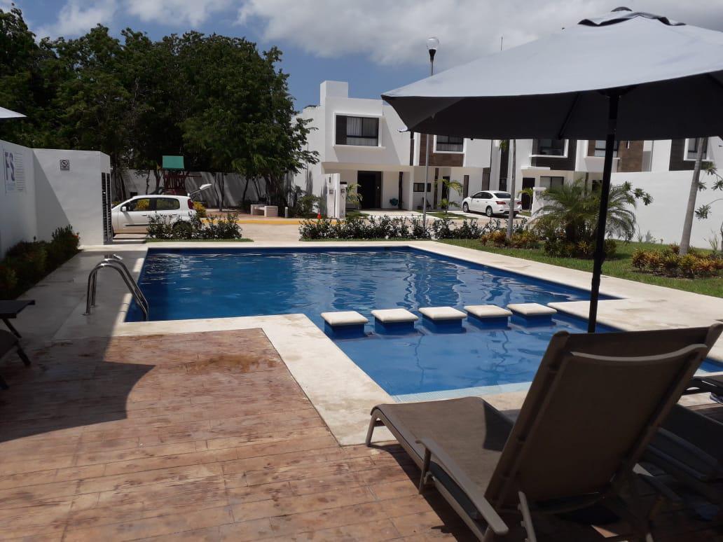 Foto Casa en Renta en  Solidaridad,  Playa del Carmen  Casa 3 Recamaras Nuevo Playa del Sol