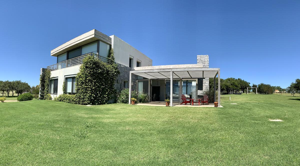 Foto Casa en Alquiler temporario en  San Carlos ,  Maldonado          EL QUIJOTE  VISTA SIERRAS