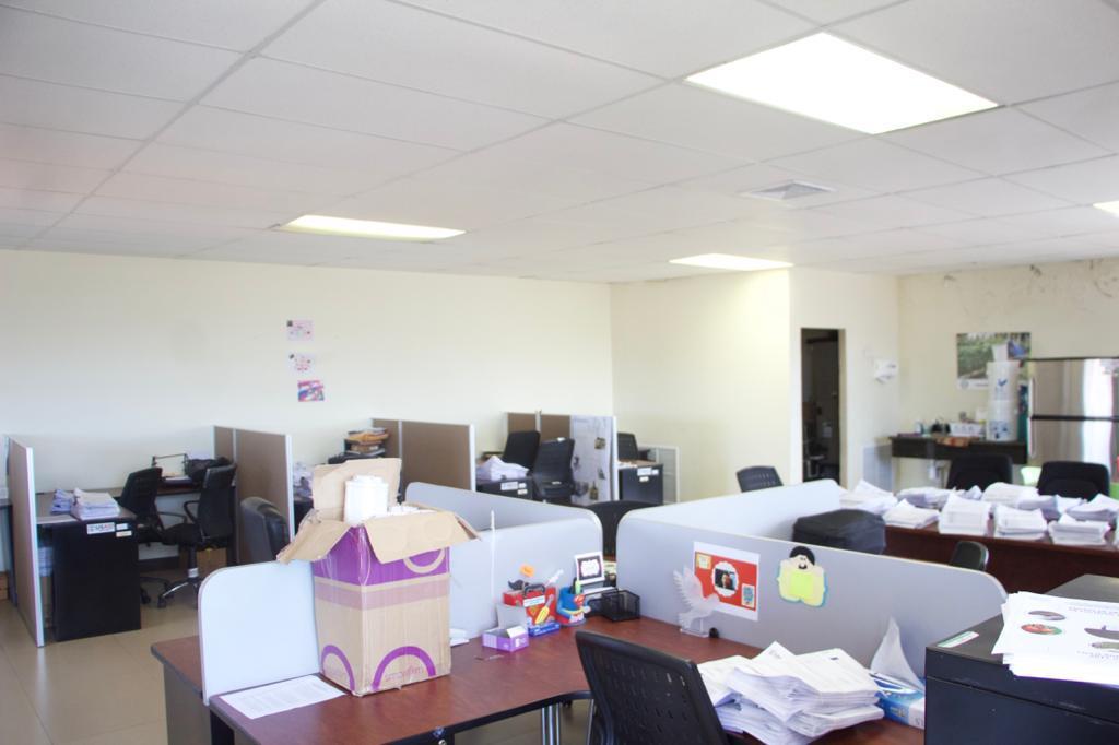 Foto Oficina en Renta en  Tegucigalpa ,  Francisco Morazán  Local para Oficina en Torre Alianza, Blvd San Juan Bosco, Tegucigalpa