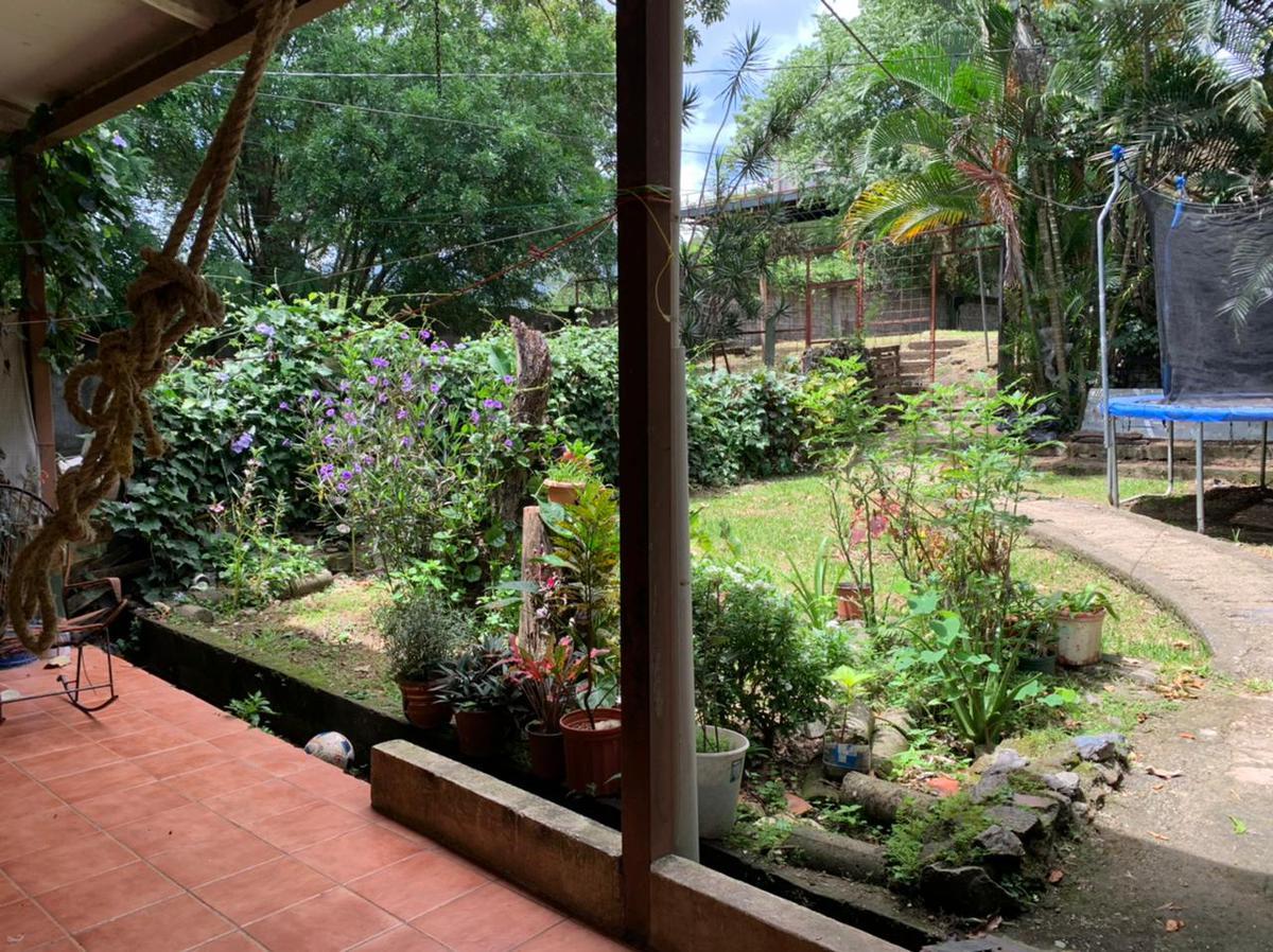 Foto Terreno en Venta en  Piedades,  Santa Ana  Piedades de Santa Ana / 780 metros cuadrados / 2 apartamentos alquilados