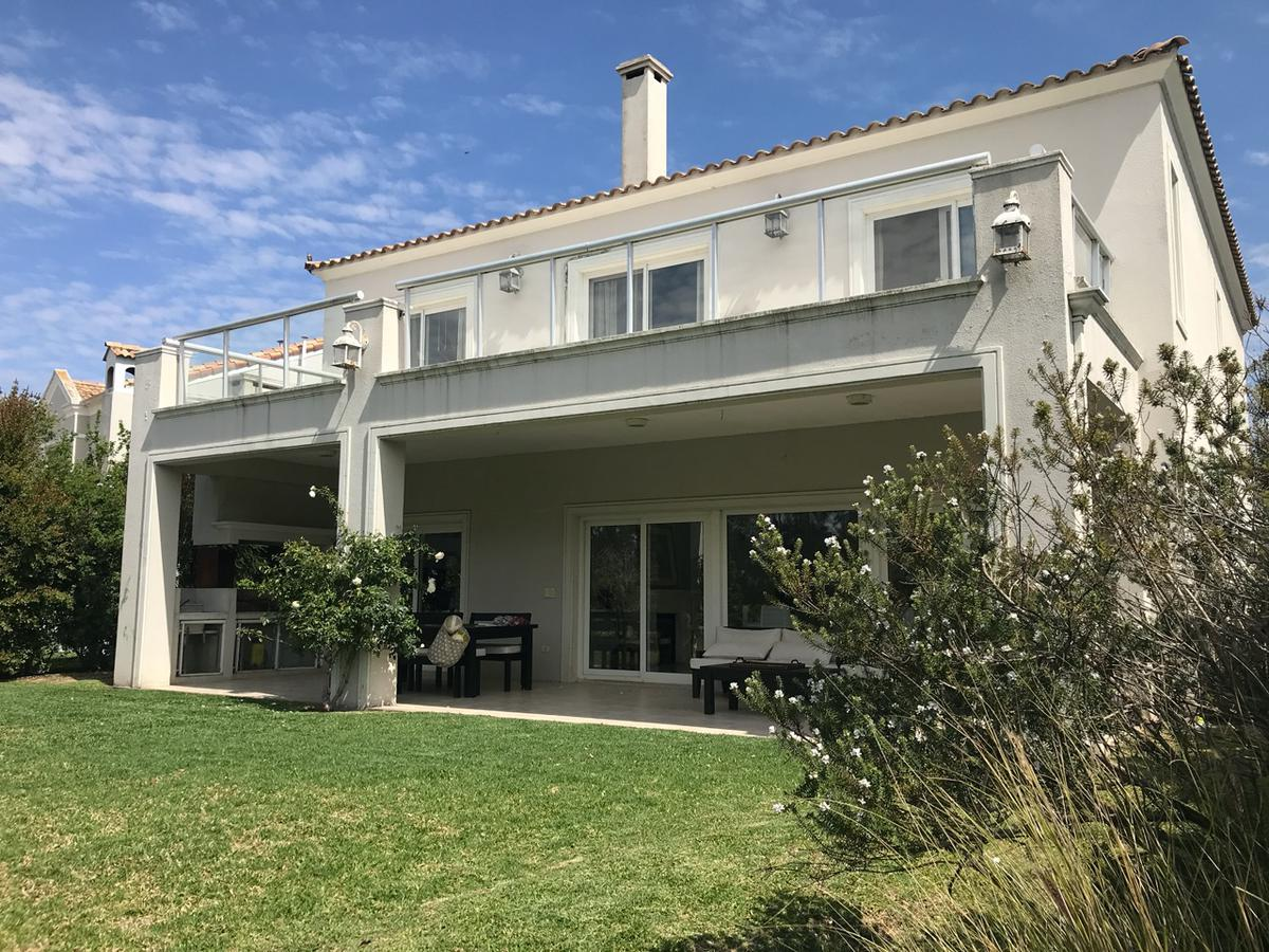 Foto Casa en Alquiler en  Barrancas del Lago,  Nordelta  Barrancas del lago al 100
