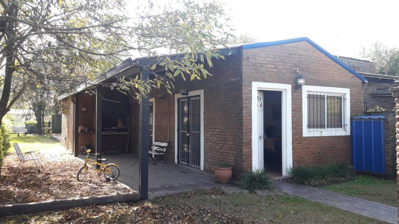 Foto Casa en Venta en  Villa Amelia,  Rosario  Camino Baula y Rio de janeiro