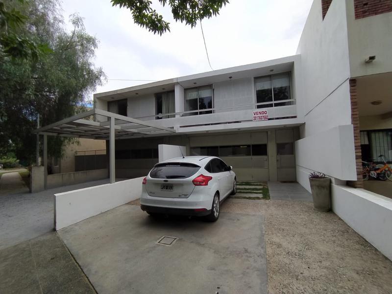 Foto PH en Venta en  Cañitas,  Capital  Las Cañitas - Duplex 3 Dormitorios! Pegado a Tejas