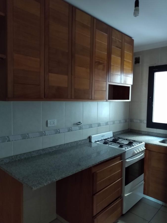 Foto Departamento en Alquiler en  Nueva Cordoba,  Cordoba Capital  Independencia al 1000