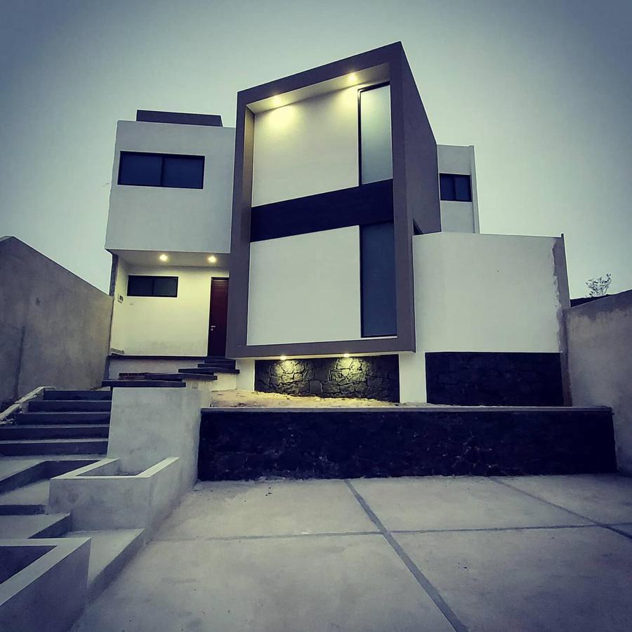Foto Casa en Venta en  Fraccionamiento La Pradera,  Emiliano Zapata  Casa en venta en Xalapa  Zona Pradera Fracc. La Querencia