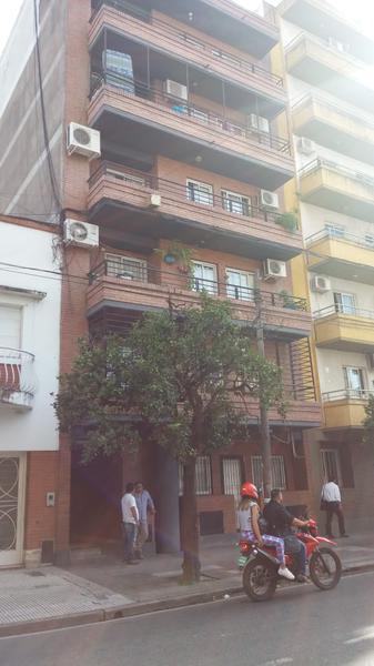 Foto Departamento en Alquiler en  San Miguel De Tucumán,  Capital  Gral. Paz  al 800