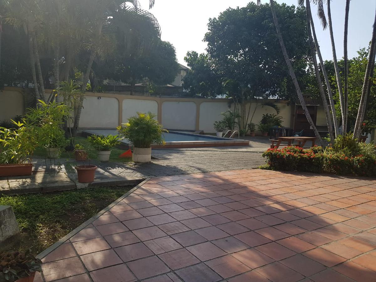 Foto Casa en Venta en  Norte de Guayaquil,  Guayaquil  EN  VENTA CASA DUPLEX  EN  LOS CEIBOS CONJUNTO CERRADO