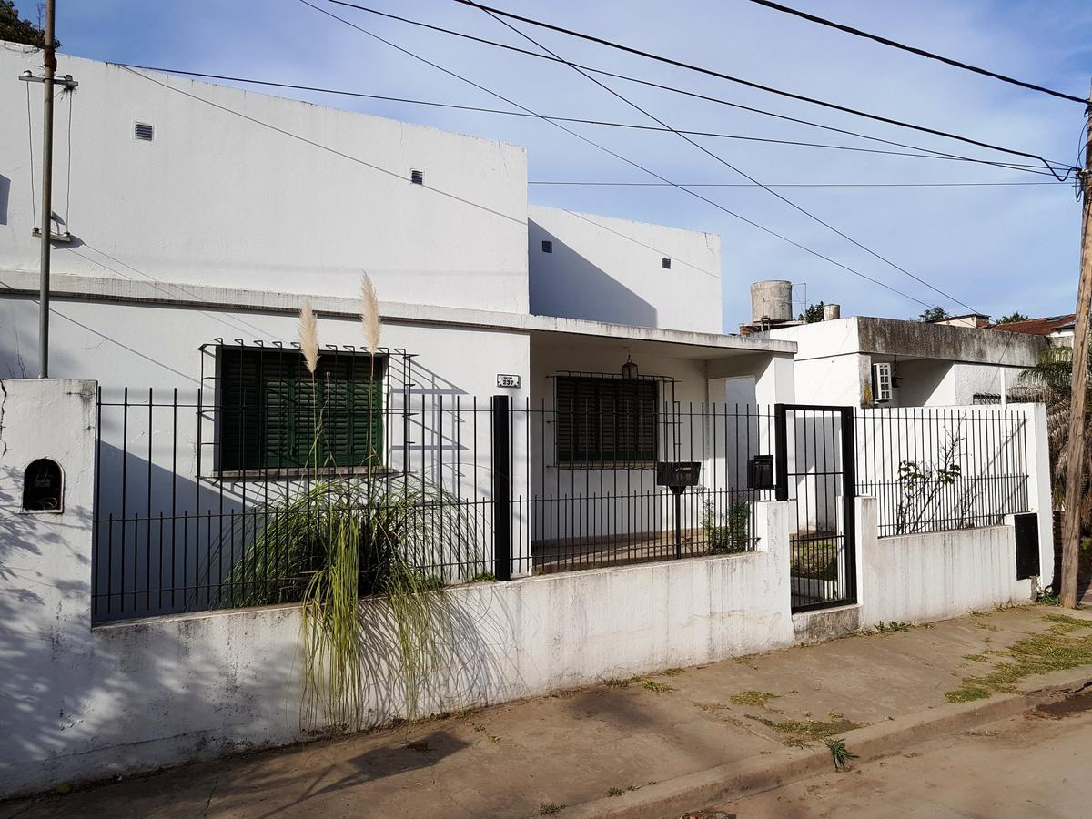 Foto Casa en Venta en  Capilla Del Señor,  Exaltacion De La Cruz  Casa céntrica (Apta crédito)