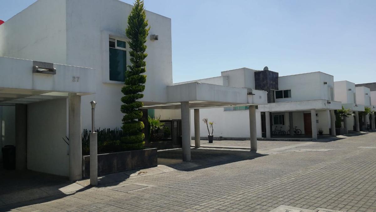 Foto Casa en condominio en Venta en  Fraccionamiento La Asunción,  Metepec  VENTA DE CASA EN PASEO  LA ASUNCIÒN METEPEC