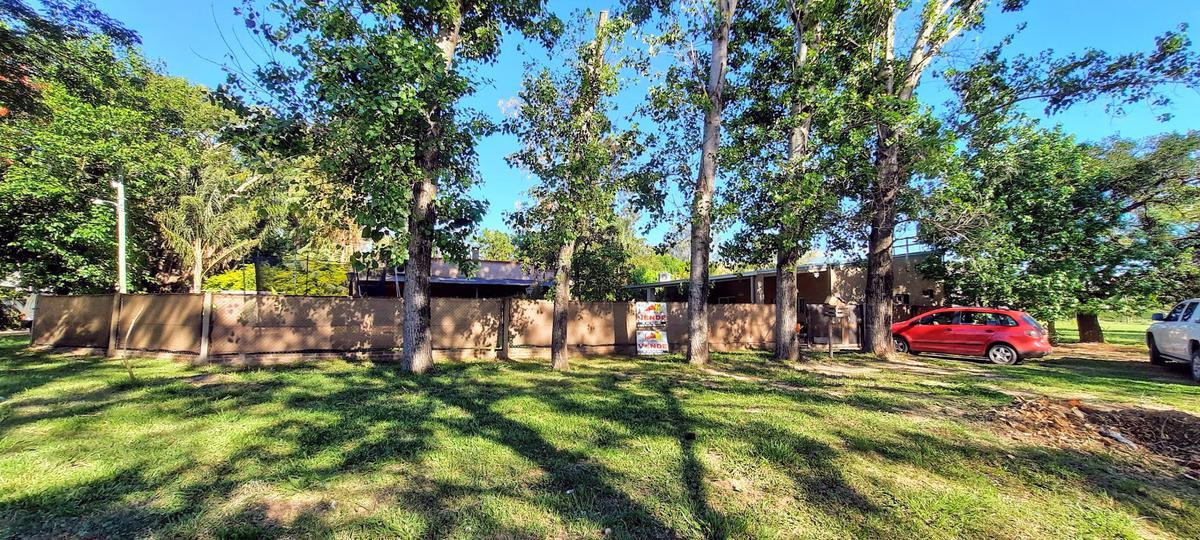 Foto Casa en Venta en  Colastine,  La Capital  los chañares al 7400