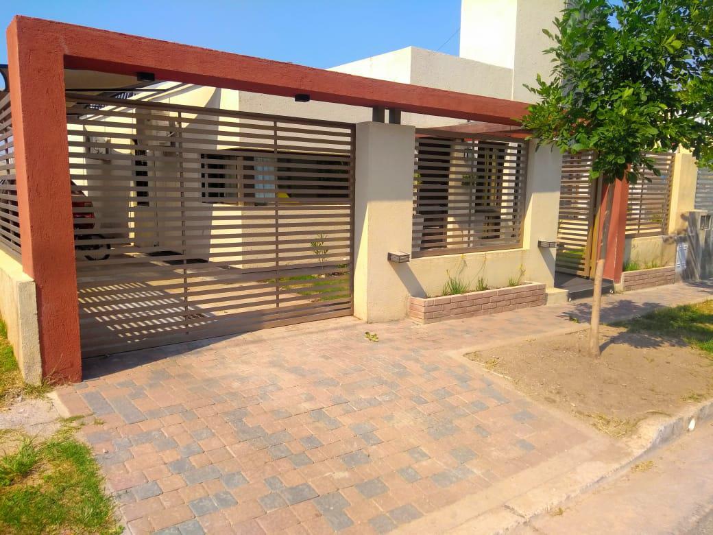 Foto Casa en Venta en  Valle Escondido,  Countries/B.Cerrado (Cordoba)  Calle 2 Gandhi de Horizonte