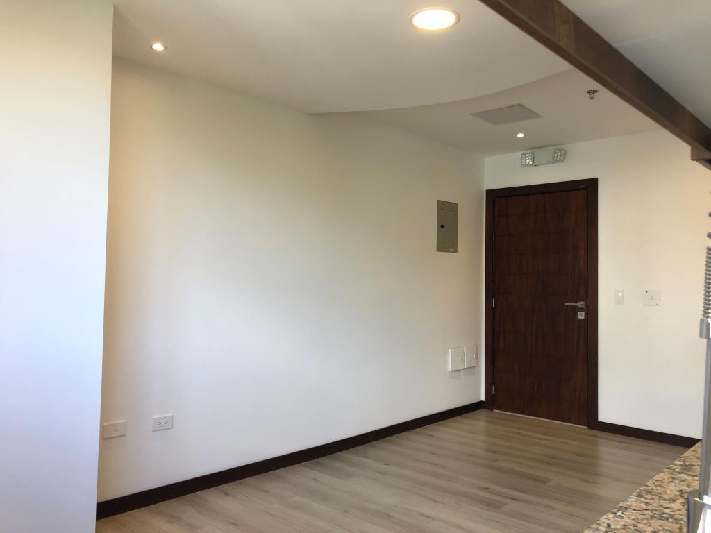 Foto Departamento en Alquiler en  La Carolina,  Quito  Amazonas y Nuñez de Vela