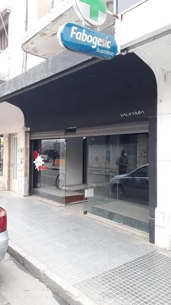 Foto Local en Alquiler en  San Miguel De Tucumán,  Capital  Mendoza N° al 400
