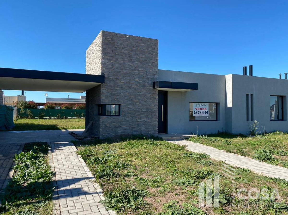 Foto Casa en Venta en  Funes ,  Santa Fe  Don Mateo