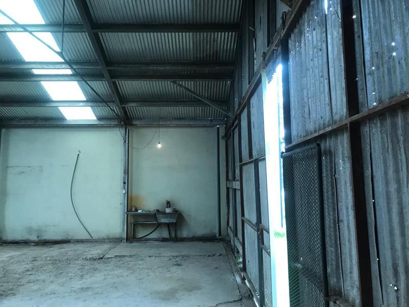 Foto Depósito en Alquiler en  La Plata ,  G.B.A. Zona Sur  Calle 13 609 y 610