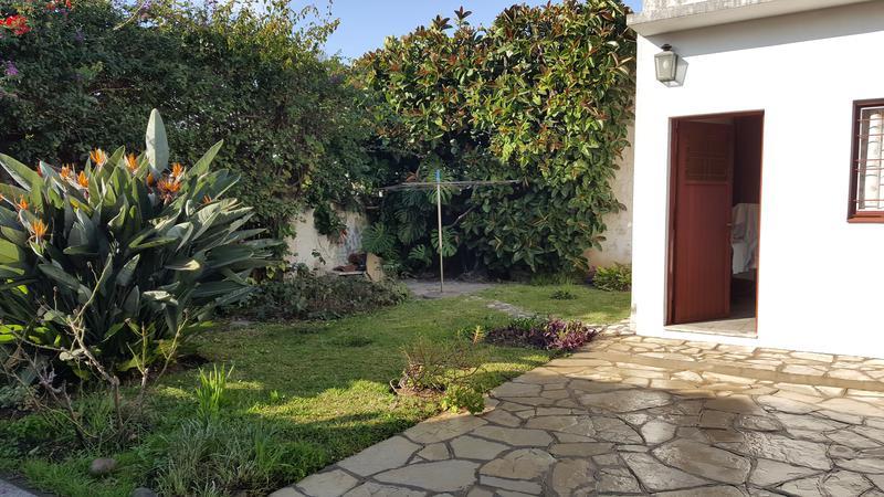 Foto Casa en Venta en  Moron,  Moron  Santa Fe 1234. Moron