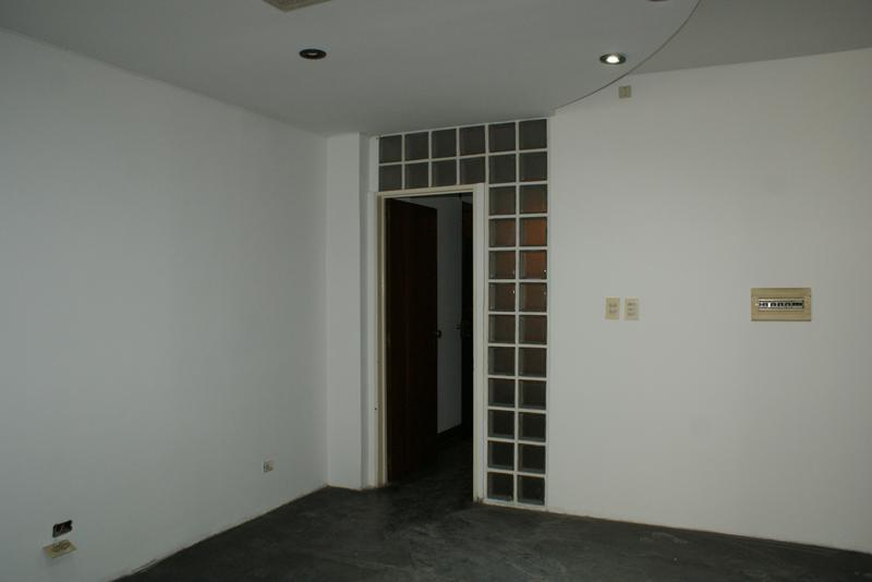 Foto Oficina en Venta | Alquiler en  San Telmo ,  Capital Federal  Bernardo de Irigoyen al 500