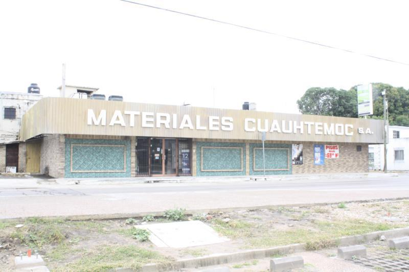Foto Bodega Industrial en Venta en  Tampico Centro,  Tampico  CBV2760-285 Héroes de Chapultepec Bodega